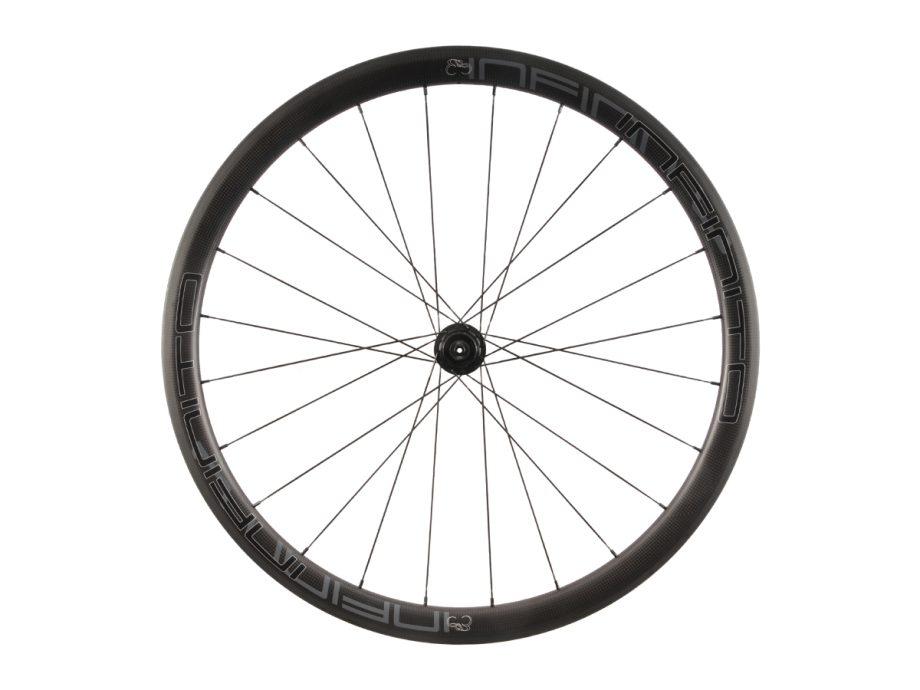 https://infinito-cycling.com/wp-content/uploads/2019/02/R4C-Zwarte-velg-Zwarte-naaf-Rear-1.jpg