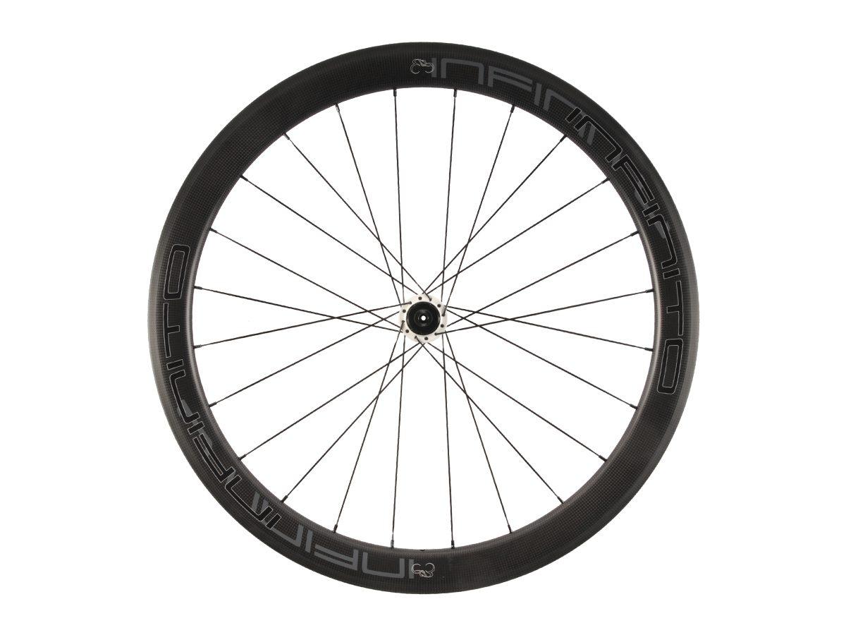 https://infinito-cycling.com/wp-content/uploads/2019/02/R5C-Zwarte-velg-Witte-naaf-Rear-1.jpg