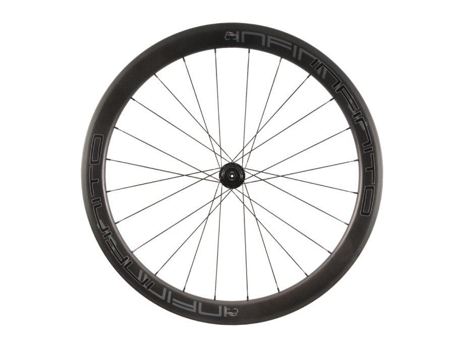 https://infinito-cycling.com/wp-content/uploads/2019/02/R5C-Zwarte-velg-Zwarte-naaf-Rear-1.jpg