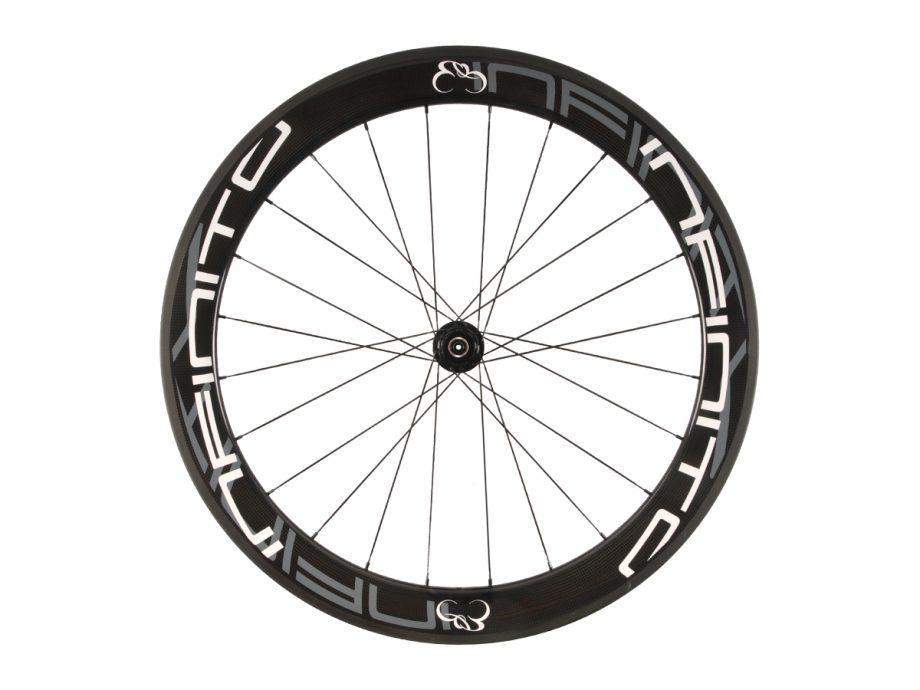 https://infinito-cycling.com/wp-content/uploads/2019/02/R6C-Witte-velg-Zwarte-naaf-Rear-1.jpg